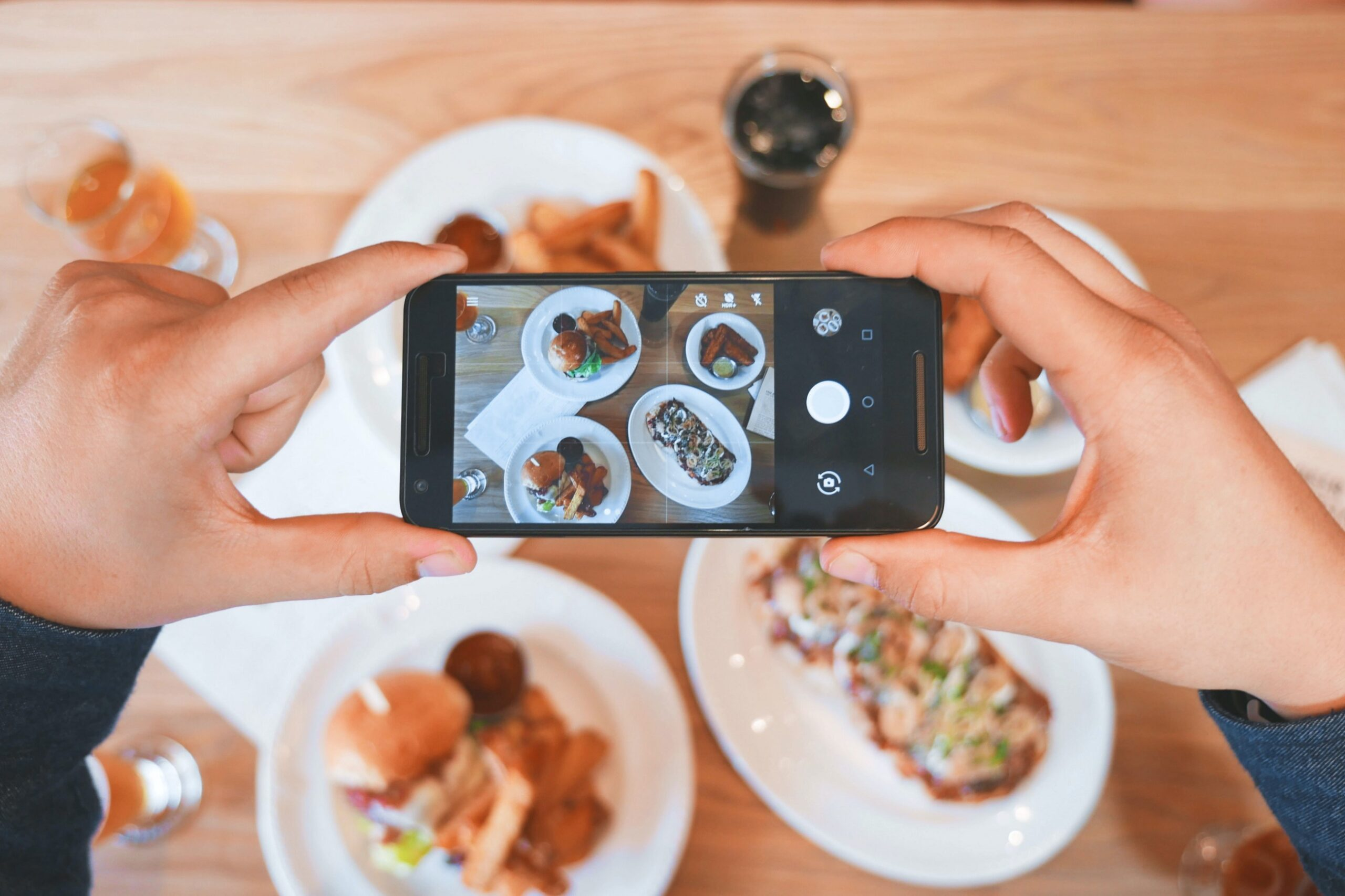 3 Reasons Why I Don't Post My Personal Life on Social Media